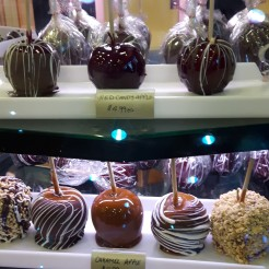 mmmm Candy Apples....my favourite