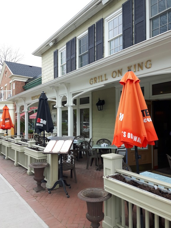 explore-restaurants-niagara-on-the-lake-grill-on-king