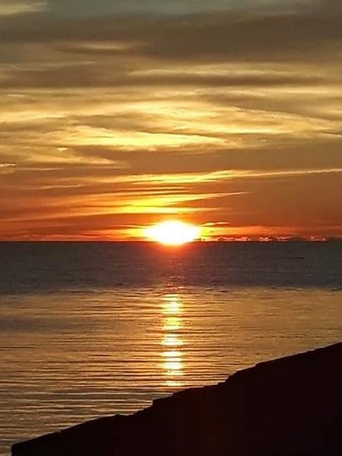 explore-sunsets-lake-huron-kincardine-ontario