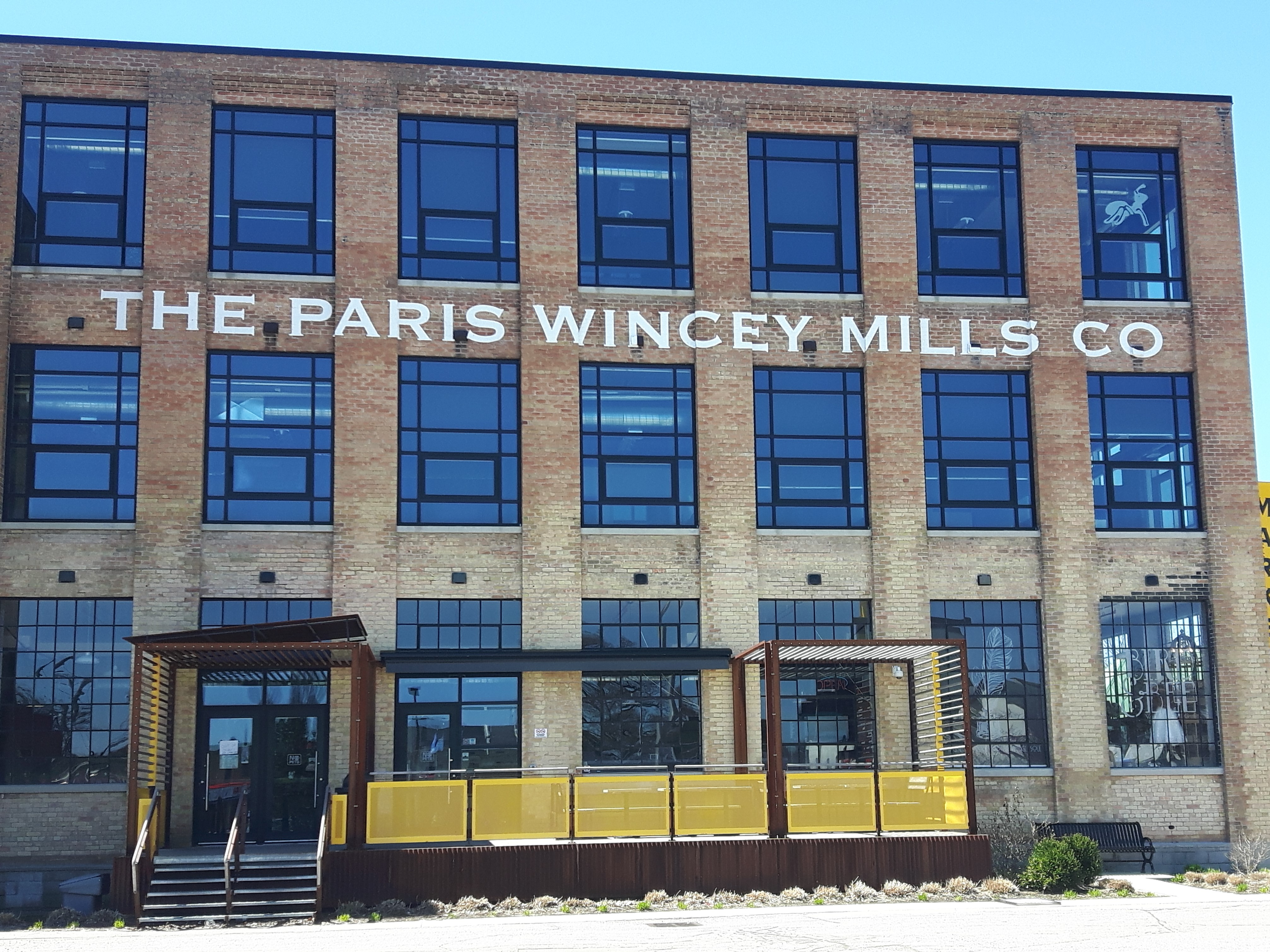 explore-shopping-paris-ontario-wincey-mills