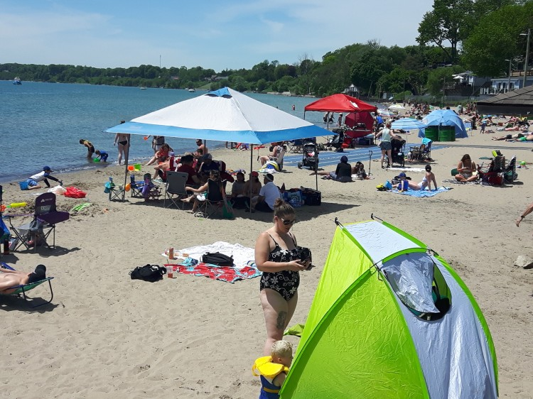 explore-erie-beach-port-dover-ontario