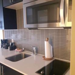 Kitchen-Deluxe Room
