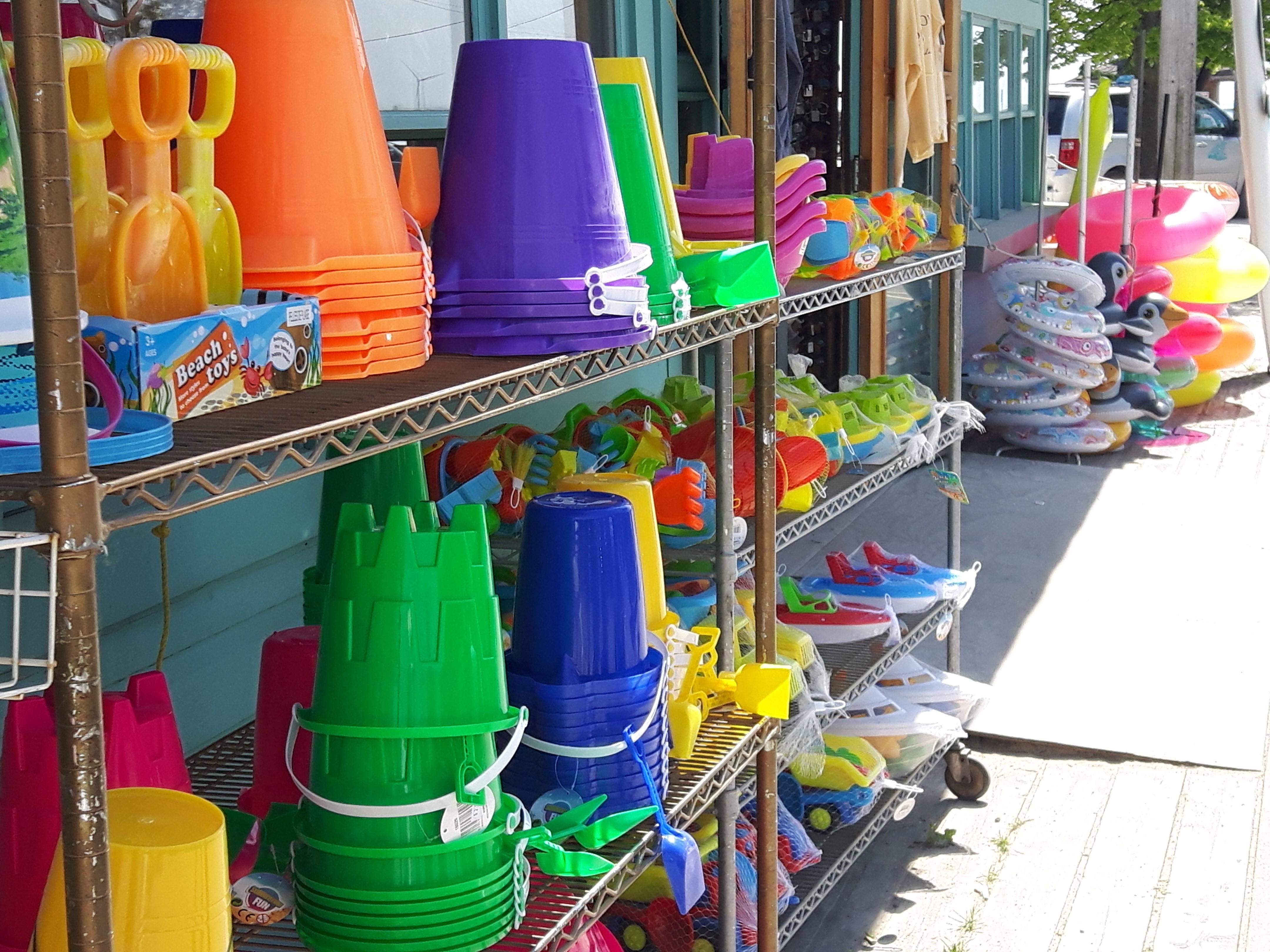 explore-shopping-for-toys-in-port-dover-ontario