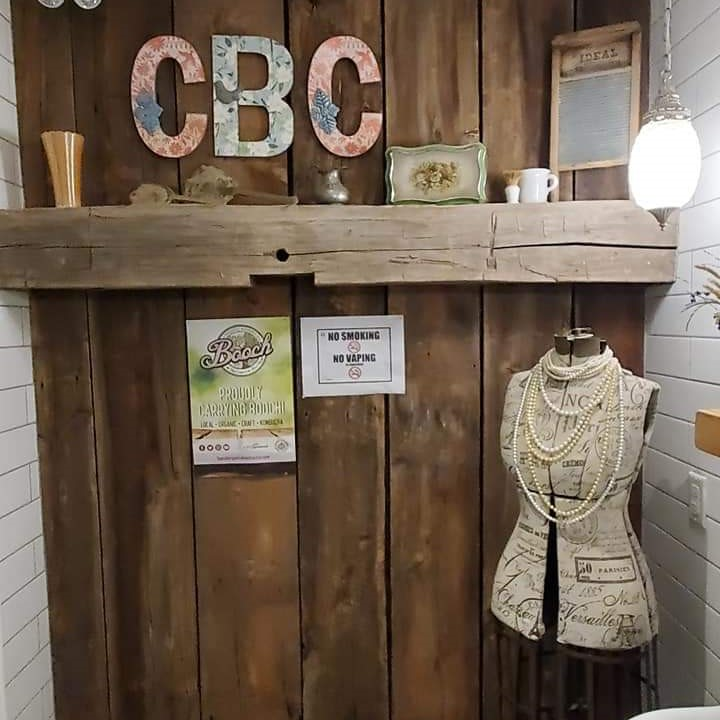 ladies-washroom-at-charlotteville-brewing-company