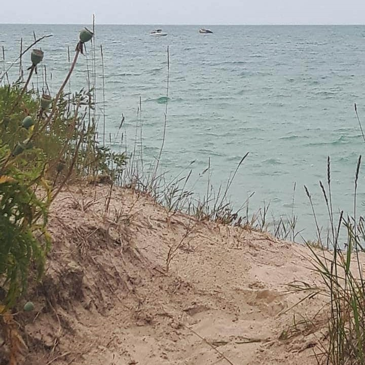 beach-access-from-lovers-lane-kincardine-ontario