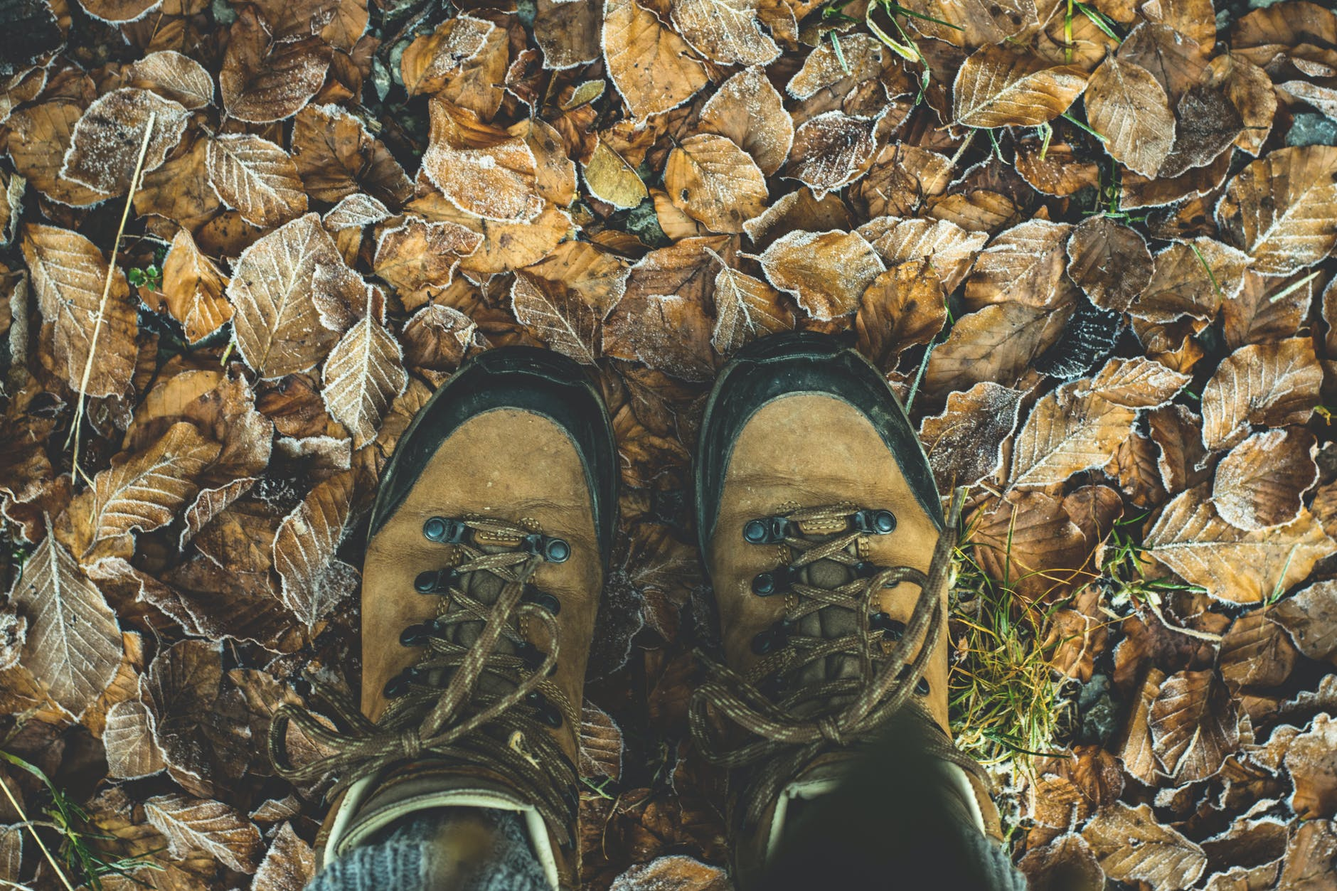 proper-boots-for-hiking