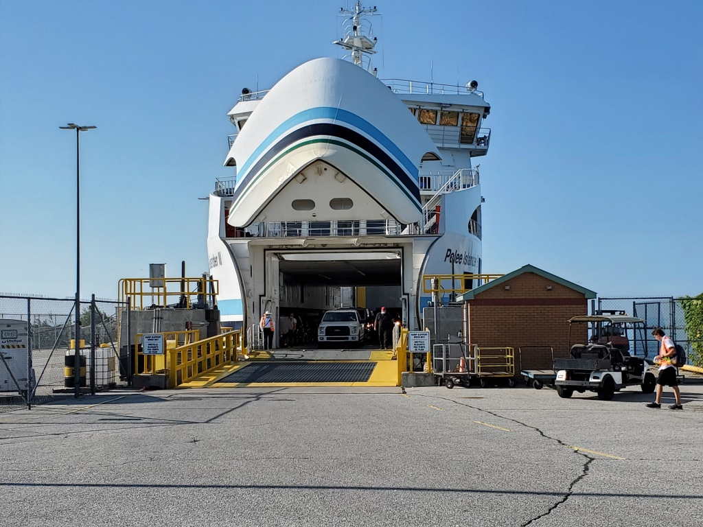 Ferry service to Pelee Island